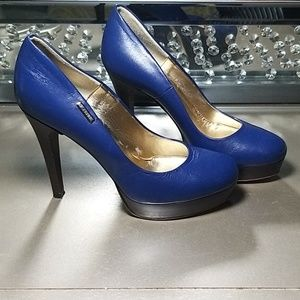Gianfranco Ferre Navy Blue leather platform pumps